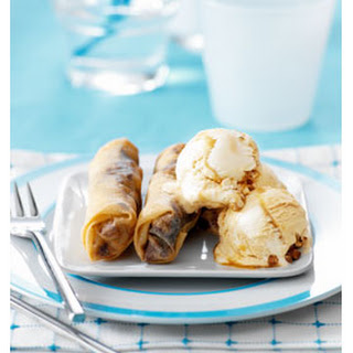 Chocolade-banaanloempia's met Stroopwafelijs