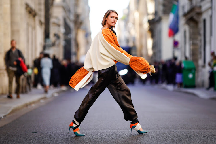 Street style spotted at Paris Fashion Week SS19.