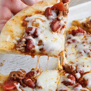 Easy Chili Pizza.