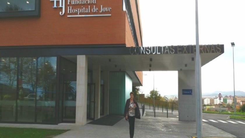El menor fue trasladado al Hospital de Jove.