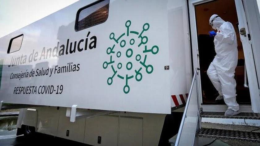 Unidad móvil para la realización de cribados poblacionales de la Junta de Andalucía.