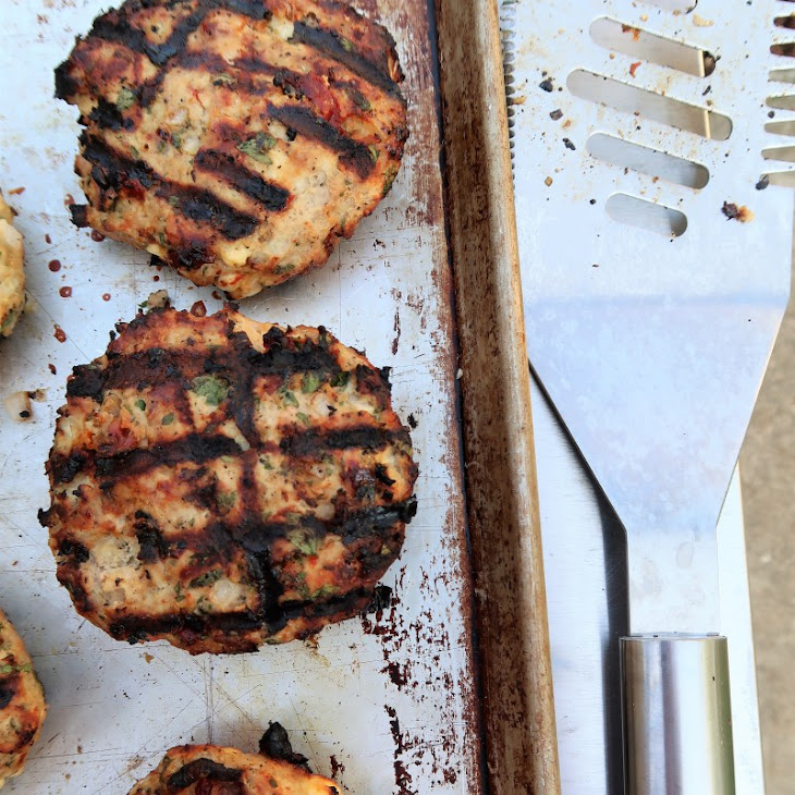 Turkey Burgers with Sun-Dried Tomatoes and Feta Recipe