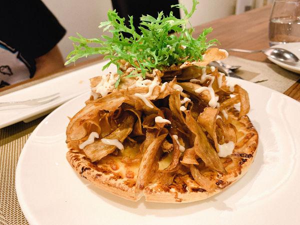 艾維農素食歐式餐廳 家庭聚餐素食主義好選擇 素食也可以很藝術很優雅