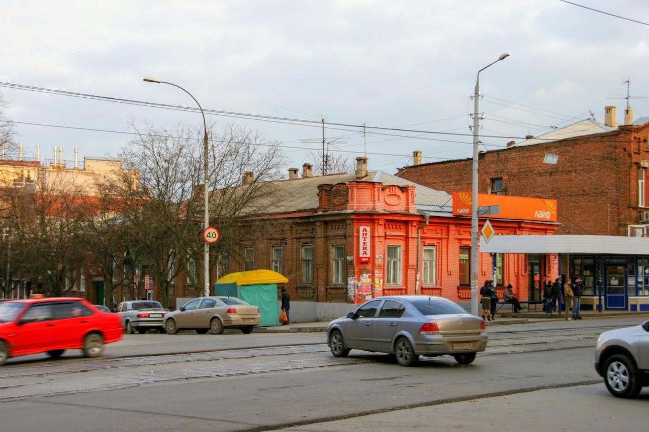 https://sites.google.com/site/istoriceskijtaganrog/frunze-ulica/dom-36