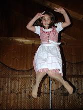 Photo: Victory  Trampolin springen, das macht richtig Spaß ...!