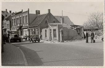 Photo: 1949  Haagweg 442 werd afgebroken voor wegverbreding