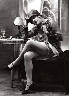 Výsledek obrázku pro flapper girl