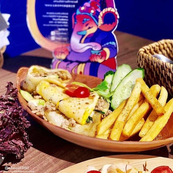 Khunthaibistro泰式餐酒館 台北捷運美食 鄰近中山站、雙連站。泰式料理、小酌好去處 平日還有泰式便當