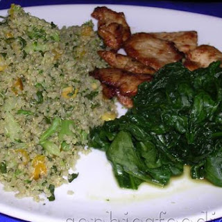 Sophie's Cold Quinoa & Broccoli, Croun, Yellow Bell Pepper & Parsley Salad