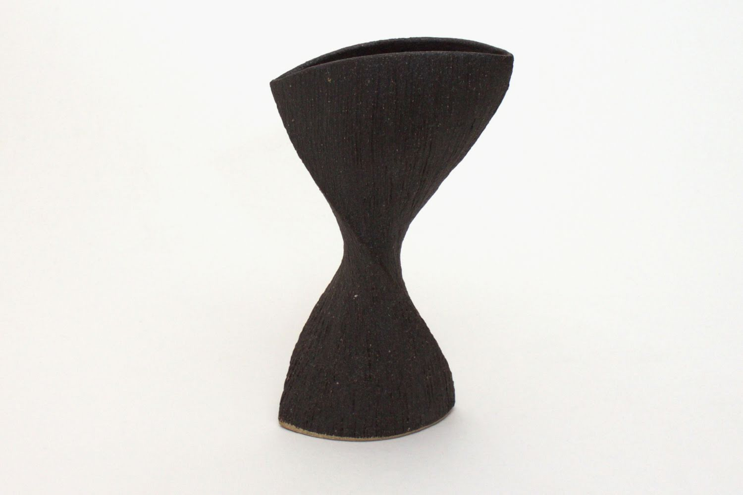 Chris Carter Ceramic Vellecular form 038
