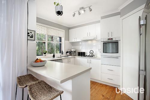 Photo of property at 2 Kooluna Court, Frankston 3199