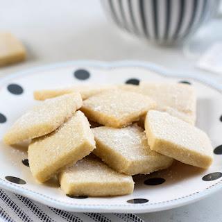 Simple Shortbread Cookie Bites.