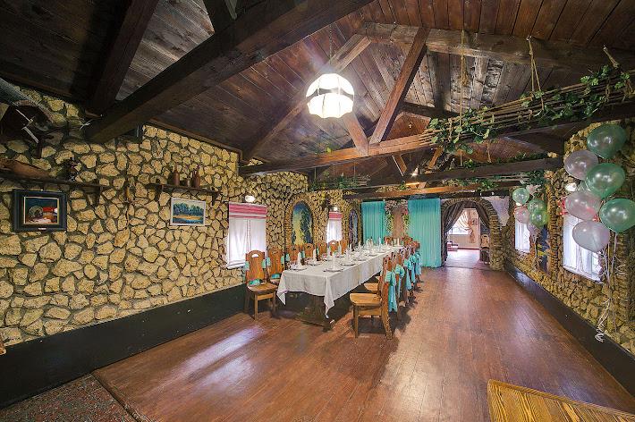 Фото №3 зала Банкетный зал «Погребок»