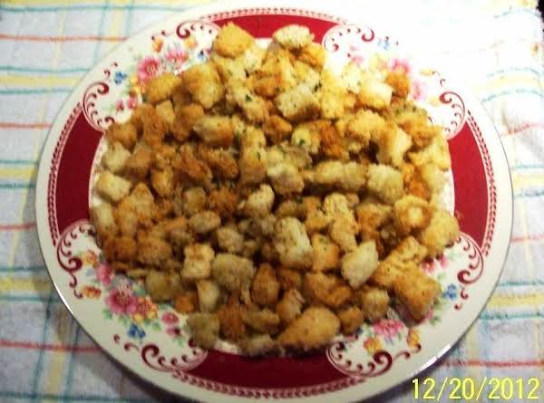 Buttered Crunchy Croutons Recipe