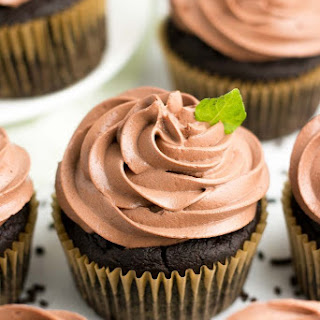 Healthy Mint Chocolate Cupcakes.