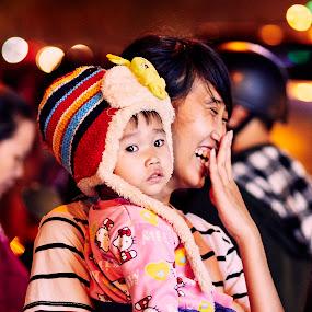 Mum and son in Vietnam by Matizki Blixten - People Family ( da nang, family, asia, mu, vietnam, danang, kid )