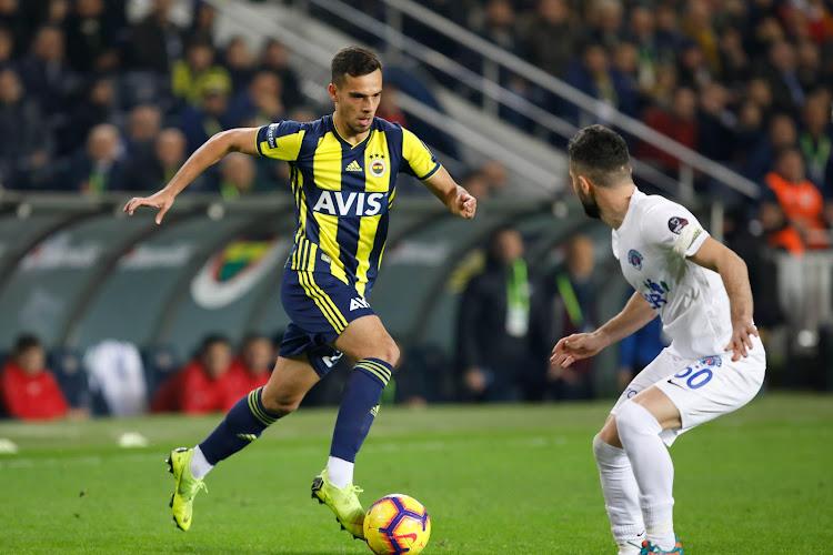 Officiel : Un joueur de Fenerbahçe débarque en prêt en D1B