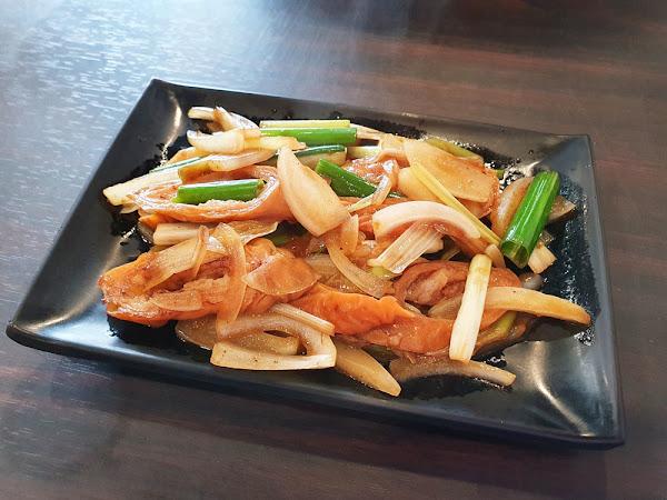 食尚鐵板燒  台南鐵板燒 永康區美食就在這 新品上市驚艷全場 肥腸就醬吃香嫩又入味
