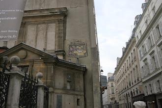 Photo: Street art - M. Chat - 14 rue Bonaparte- St Germain des prés - Paris VI e