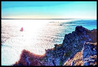Photo: Der Ärmelkanal (kurz auch Der Kanal; englisch English Channel, wörtlich 'Englischer Kanal'; französisch La Manche, wörtlich 'Der Ärmel'; bretonisch Mor Breizh, wörtlich 'Bretonische See'; kornisch Mor Bretannek, wörtlich 'Britische See') ist ein Meeresarm des Atlantiks