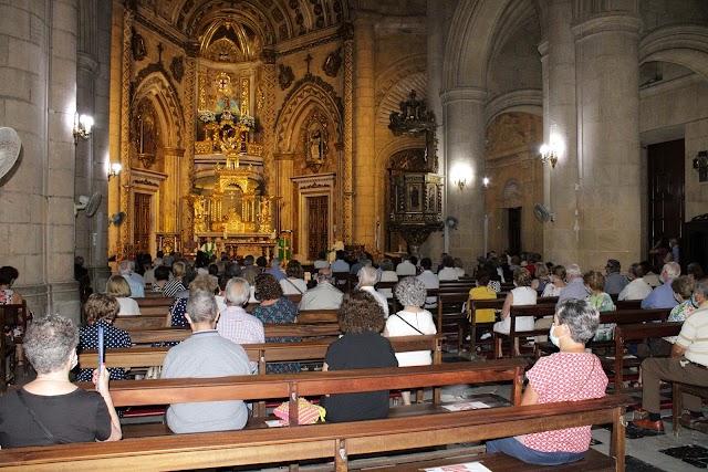 La sociedad almeriense llenó el Santuario de la Patrona en la misa funeral de Diego Alarcón.