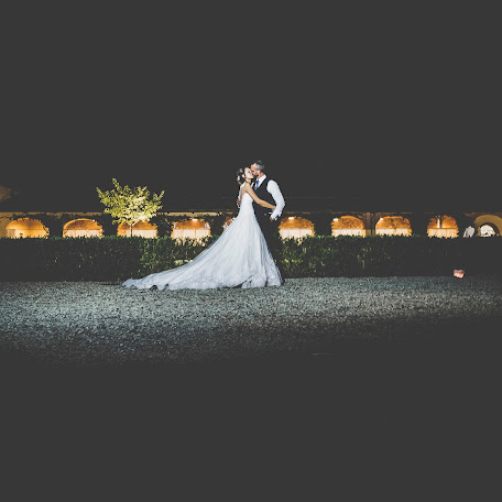 Wedding photographer Davide Testa (torinofoto). Photo of 21.10.2017