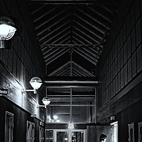 light on the other side by Teddy Tavares - Buildings & Architecture Other Interior ( interior, building, black and white, pwc74: black & white interiors, monotone )