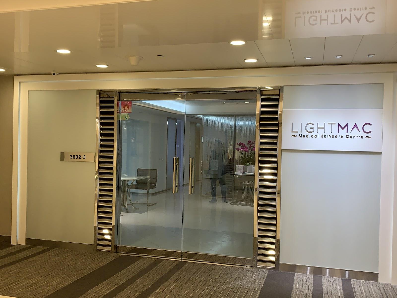 LightMAC V Lift無針埋線緊膚療程 // 輕鬆變 V 臉。