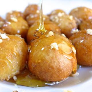 Delicious Lenten Greek Honey puffs recipe (Loukoumades).