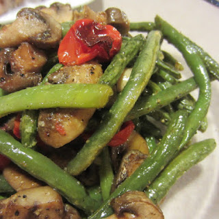Roasted Green Beans, Mushrooms and Tomatoes.