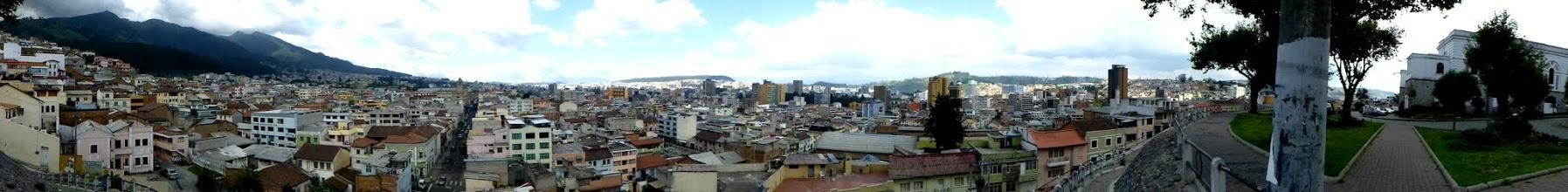 Photo: Quito Panorama, Centro de Arte Contemporáneo