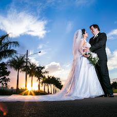 Wedding photographer Claudio R Tavares (claudiortavar). Photo of 25.02.2014