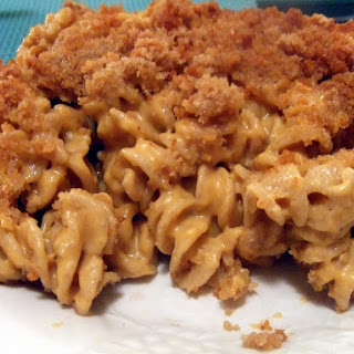 Baked Vegan Macaroni and Cheese