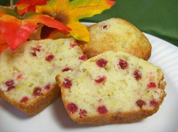 Raspberry-banana Muffins Recipe