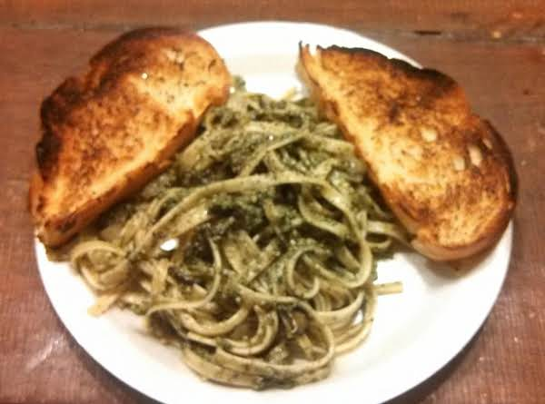 Spinach Basil Pesto Pasta With Mushrooms Recipe