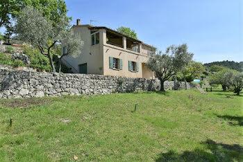 villa à Seillans (83)