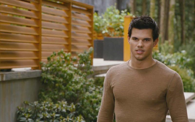 Photo: Taylor Lautner is Jacob Black in 'The Twilight Saga: Breaking Dawn - Part 2'  http://numet.ro/bd2