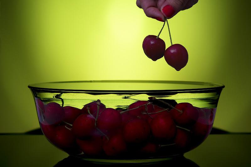 Cherries di Roberto Simonazzi