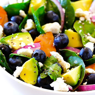 Brain Power Salad (Spinach Salad with Salmon, Avocado and Blueberries)