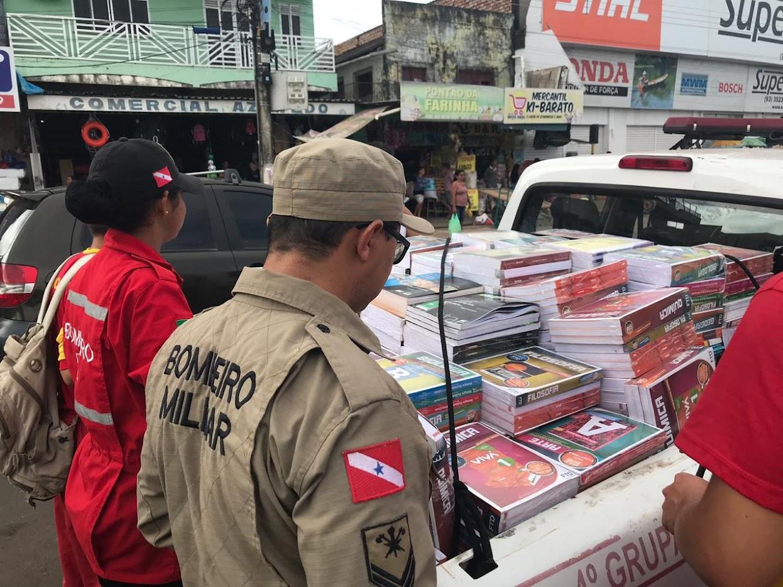 PEV Santarém realiza doação de livros para Comunidades do Lago Grande