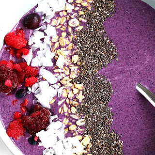 Coconut Berry Smoothie Bowl.