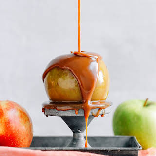 5-Ingredient Vegan Caramel Sauce.