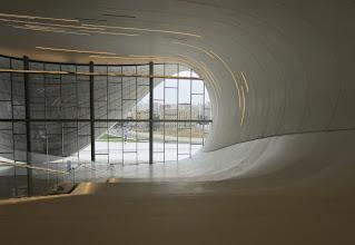 Photo: Museon huikeat portaat - niiden vasenta reunaa saattoi kävelläkin ...