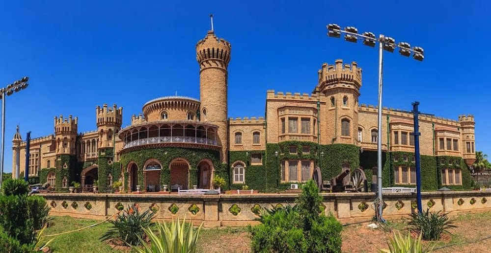 places-visit-bangalore-bangalore-palace-image