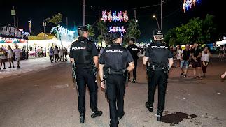 La Policía Nacional, velando por la seguridad en el Recinto Ferial en una imagen de archivo.
