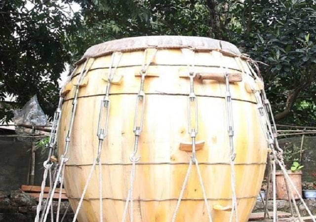 Bưng trống gỗ mít