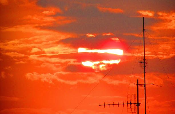 tramonto fra le nuvole di rossella_antonelli