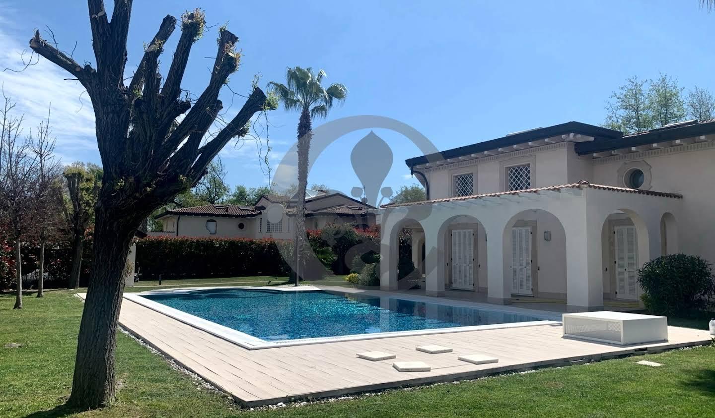 Villa avec piscine en bord de mer Forte dei Marmi