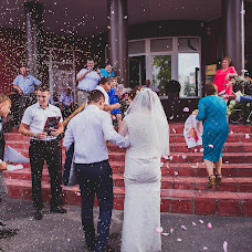 Wedding photographer Viktor Ilyukhin (Vitayr). Photo of 10.12.2017