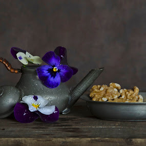 Sweet memories by Anja Voorn - Artistic Objects Still Life